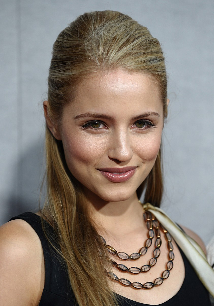 Fresh Look Celebrity Dianna Agron Hairstyles 42