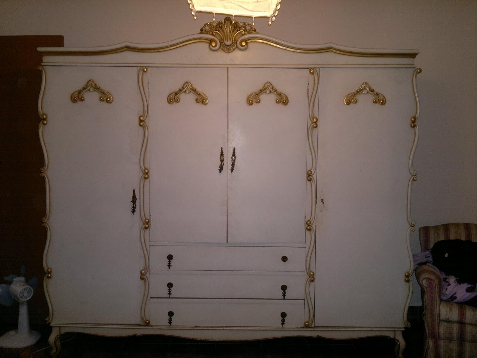 Fazendo Arte com a Ju Martini: Renovando meu quarto etapa: Móveis  #C2A309 1600x1200