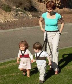 Are kids on a leash a good idea?