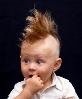 Gaya rambut bayi laki-laki keren tapi lucu