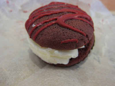 Starbucks red velvet whoopie pie