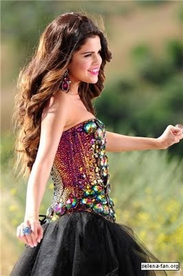 Music Selena Gomez on Love You Like A Love Song   Selena Gomez   The Scenes