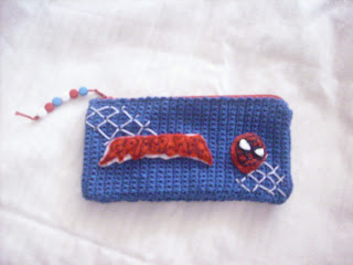 estuche crochet spiderman