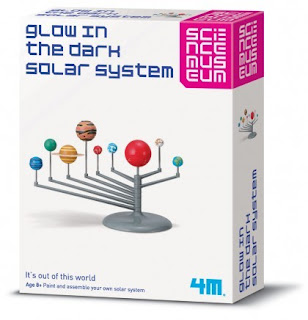 SCIENCE MUSEUM === Glow In The Dark Solar System - 03257 === GREAT GIZMOS