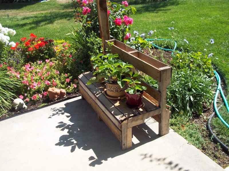 Como hacer un banco para el jard n - Mueble para plantas ...
