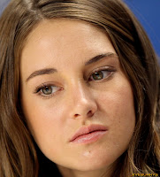 Shailene Woodley The Descendents Press Conference 2011 Toronto Int Film Festival