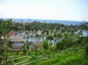 Tempat Wisata Taman Ujung Karangasem Bali