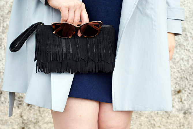 fringe clutch summer outfit