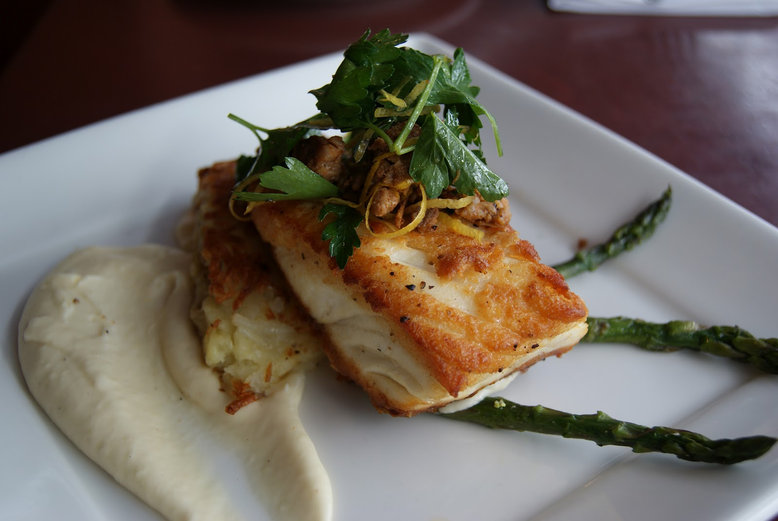 Local and sustainably caught san juan islands halibut for Halibut fishing seattle