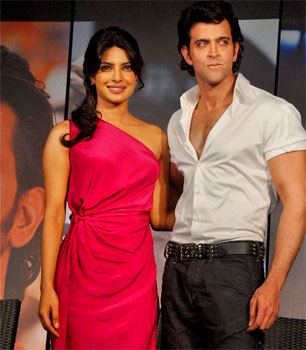 Priyanka Chopra and Hrithik Roshan Wallpaper for Agneepath Movie Bollywood