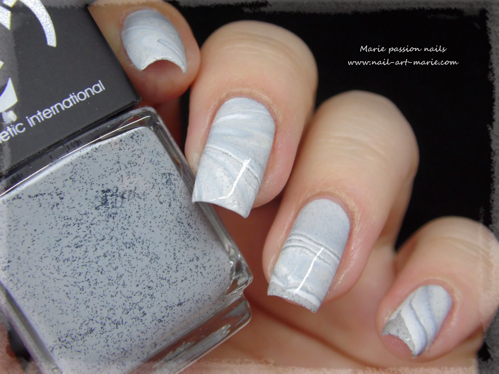 Nail Art effet Marbe au Water Marble6