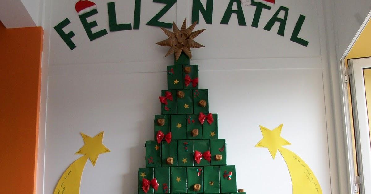 decoracao arvore de natal reciclavel : decoracao arvore de natal reciclavel:Árvore de natal feita com caixa de leite