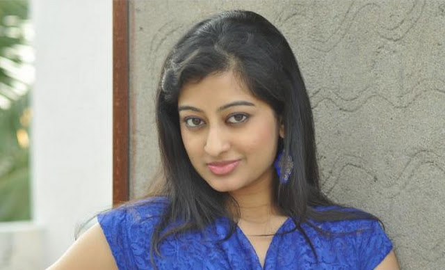 Thanishka Actress Saree Photos