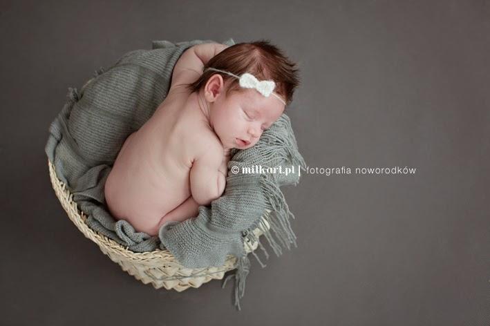 Sesje zdjęciowe noworodkowe, fotografia niemowlęca, fotograf dziecięcy, zdjęcia dziecka, artystyczne sesje zdjęciowe
