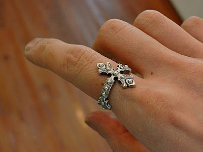 big black maria x dress code limited ring - brave cross ring