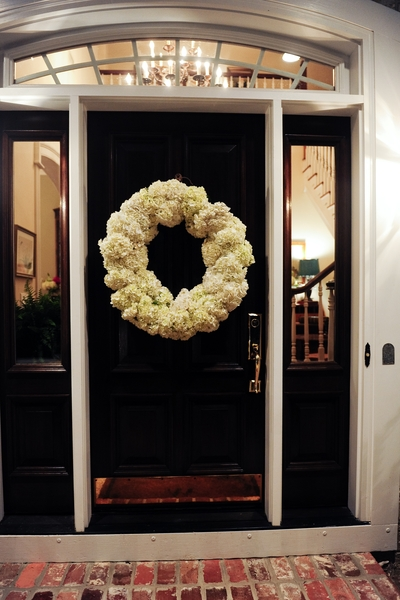 Seriously, How Gorgeous Is That Wreath? And That Door? I Die. Makes Me Want  To Paint My Door Black Right This Instant! Anyhow, After Falling Head Over  Heels ...