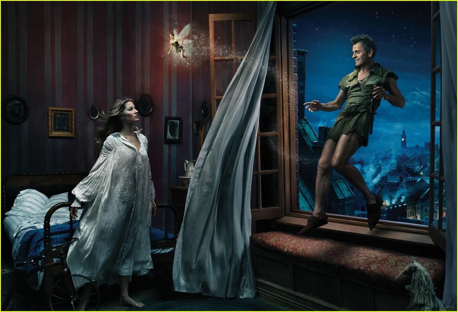 http://2.bp.blogspot.com/-GphinQu0UlQ/T2-4dfveqCI/AAAAAAAAAhc/Kkv_tC-n1UQ/s1600/disney-dream-ads-annie-leibovitz-081.jpg