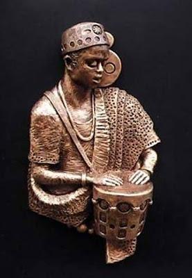 African sculpture King of Drum