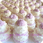 Tante mini wedding cake-bomboniera/segnaposto