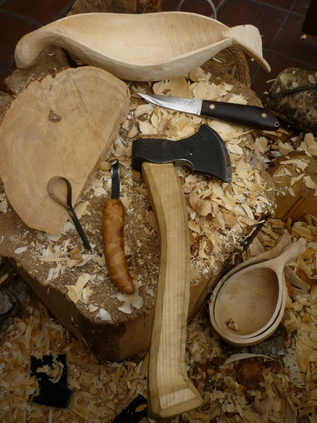 Spoon carving first steps