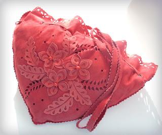 сумка замшевая розовая в стиле «винтаж» ручная работа