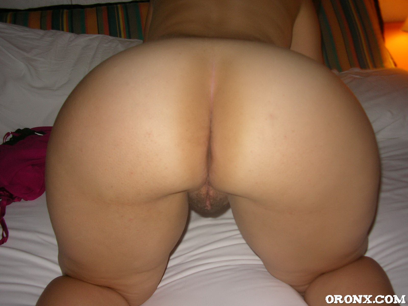 Cougar Hairy Pussy Spread