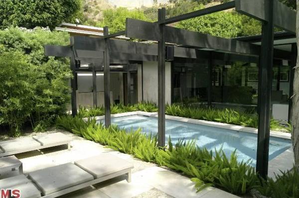Mid-Century Living: Jason Statham's Mid-Century Home