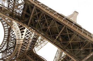 http://mrsperfectblog.blogspot.co.uk/2014/10/parisian-and-conveniently.html