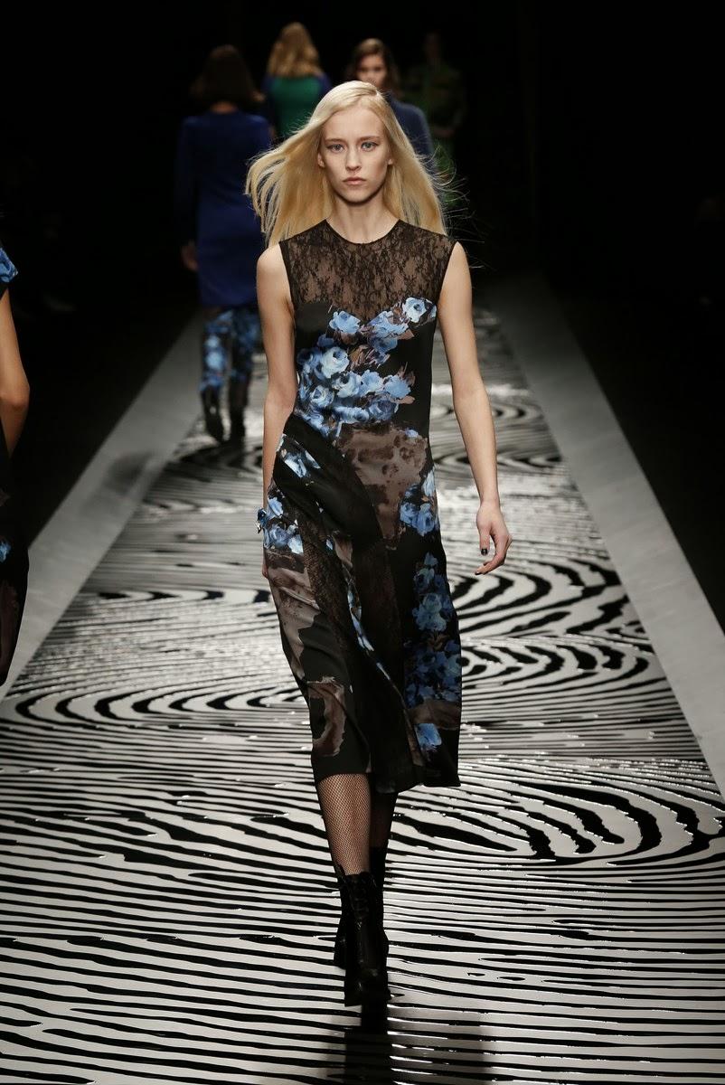 Shiatzy-Chen, Shiatzy-Chen-fall-winter-2014, Shiatzy-Chen-automne-hiver 2014, Shiatzy-Chen-ready-to-wear, Shiatzy-Chen-womenswear, dudessinauxpodiums, du-dessin-aux-podiums, fashion, mode, pfw, pfwreview, paris-fashion-week, fashion-week, fashion-week-2014, paris-fashion-week-2014, paris-fashion-week-review, evening-dresses, blog-mode, cocktail-dresses, dresses-online, plus-size-dresses, ladies-dresses, womenswear, mode-a-paris, designer-dresses, site-vetement-femme, robes-sexy, sexy-clothes, robe-guess, robe-classe