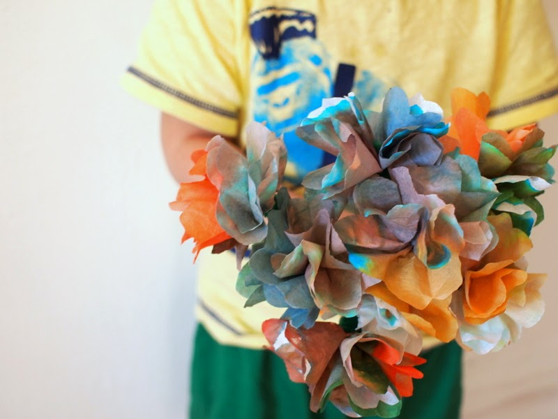 give coffee filter flowers away as a gift