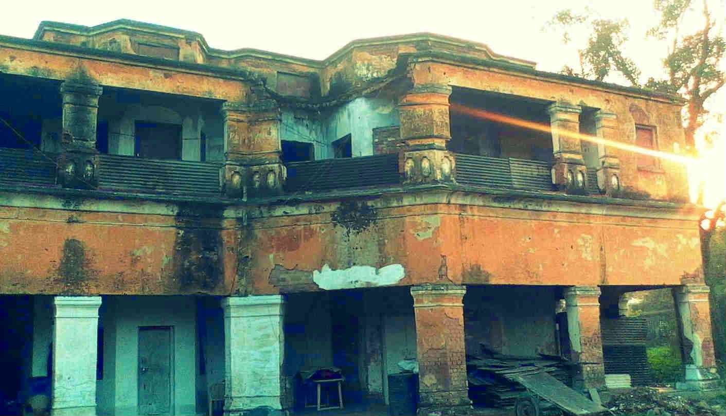 Haunted double storey building in GP Block, Meerut where ghosts of four men are often sighted