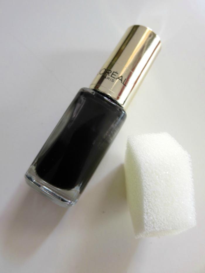 L'Óreal Color Riche in Black Swan 702