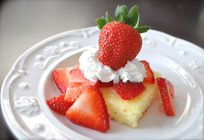http://littlebirdiesecrets.blogspot.com/2012/03/strawberry-lemonade-shortcake-recipe.html