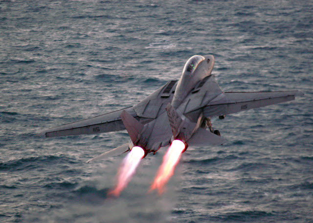 F-14 tomcat afterburner