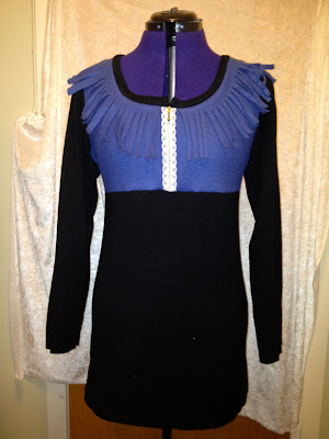 Gjenbruk - kjole av skjerf og genser