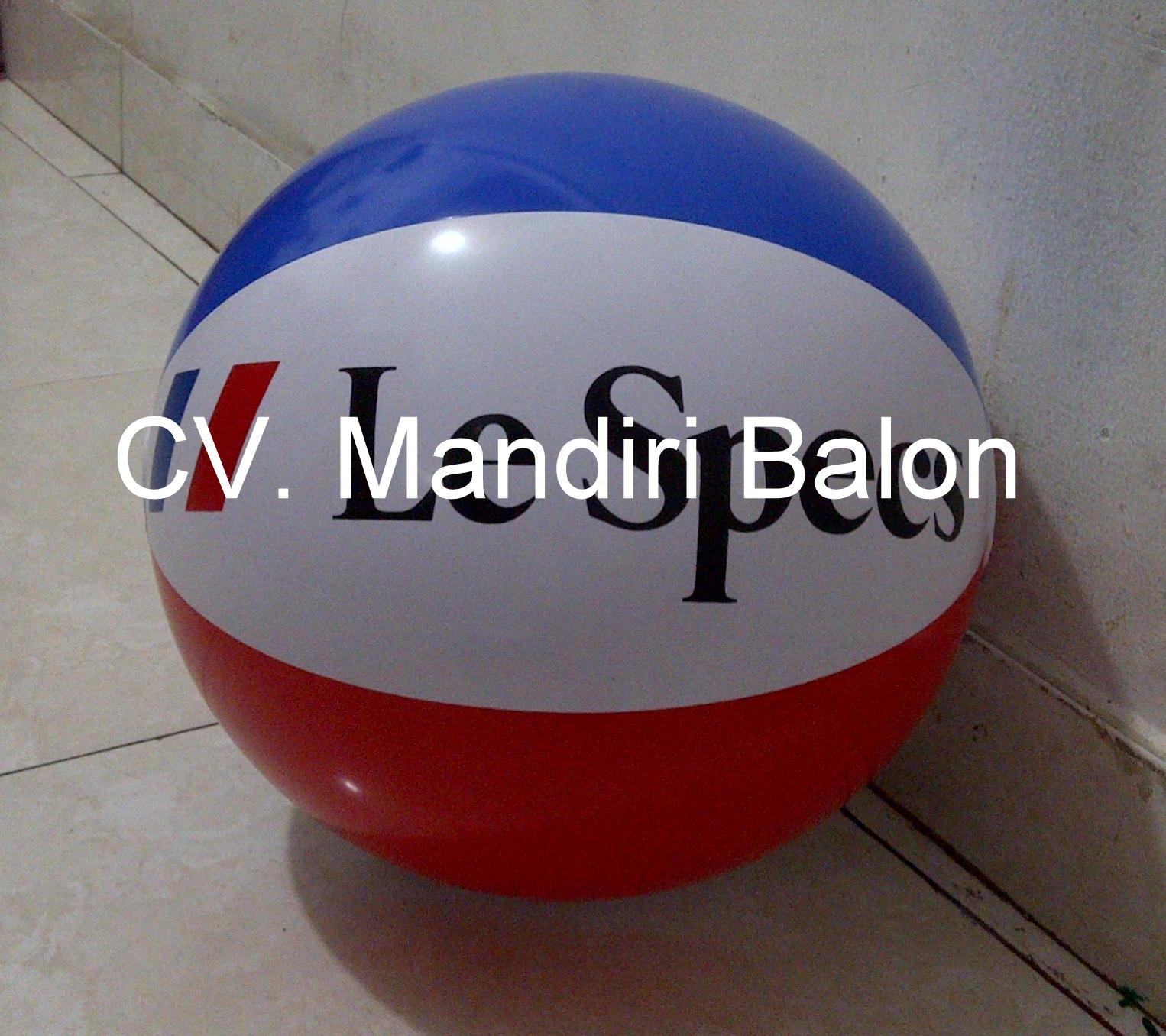Balon Pantai Le Specs