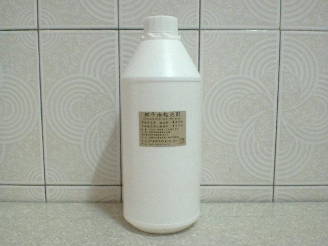 椰子油起泡劑 1 公斤