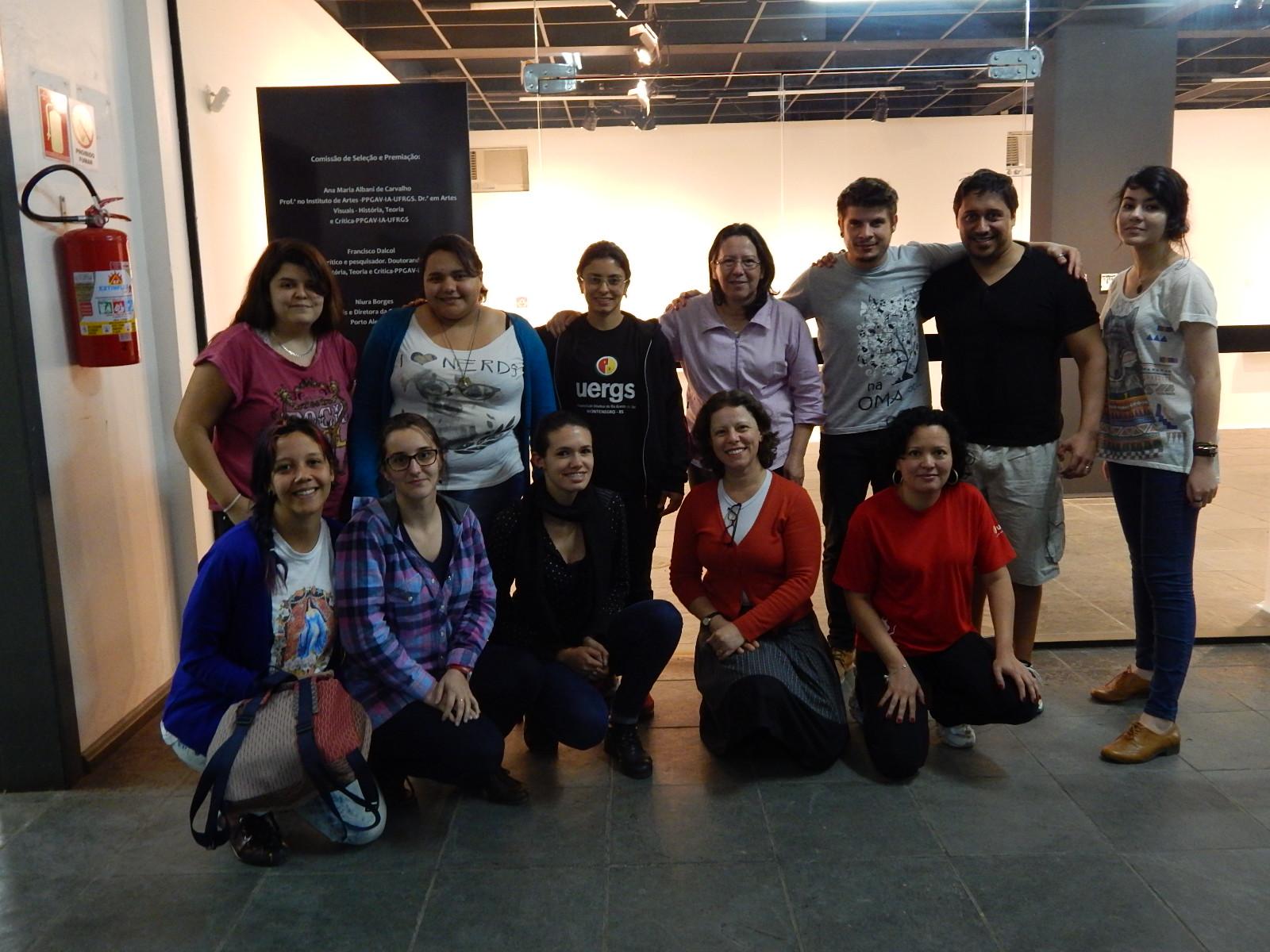 O grupo PIBID-UERGS-Artes Visuais em outubro de 2015