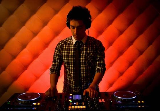 Davebit-Dj-colombiano- irrumpe-exitosamente-escena-electrónica