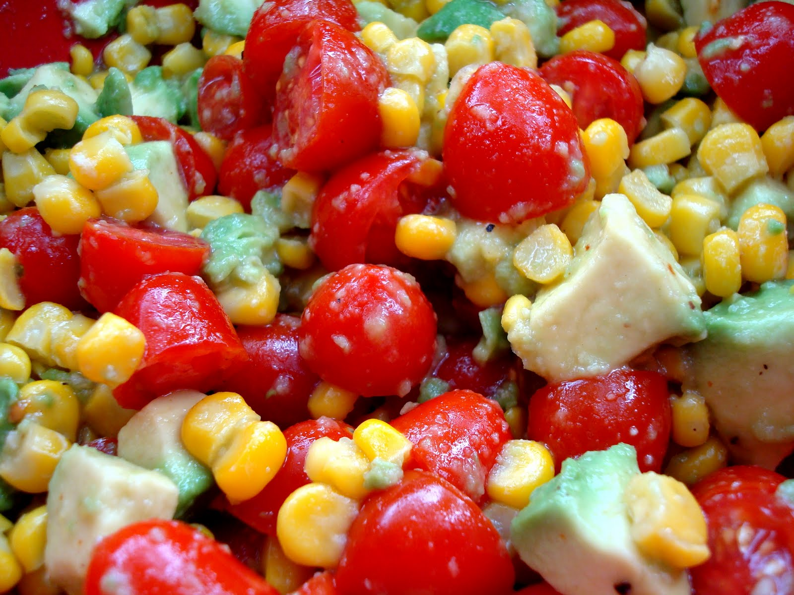 Ommy Noms: Corn, Avocado, and Tomato Salad with Honey Lime ...