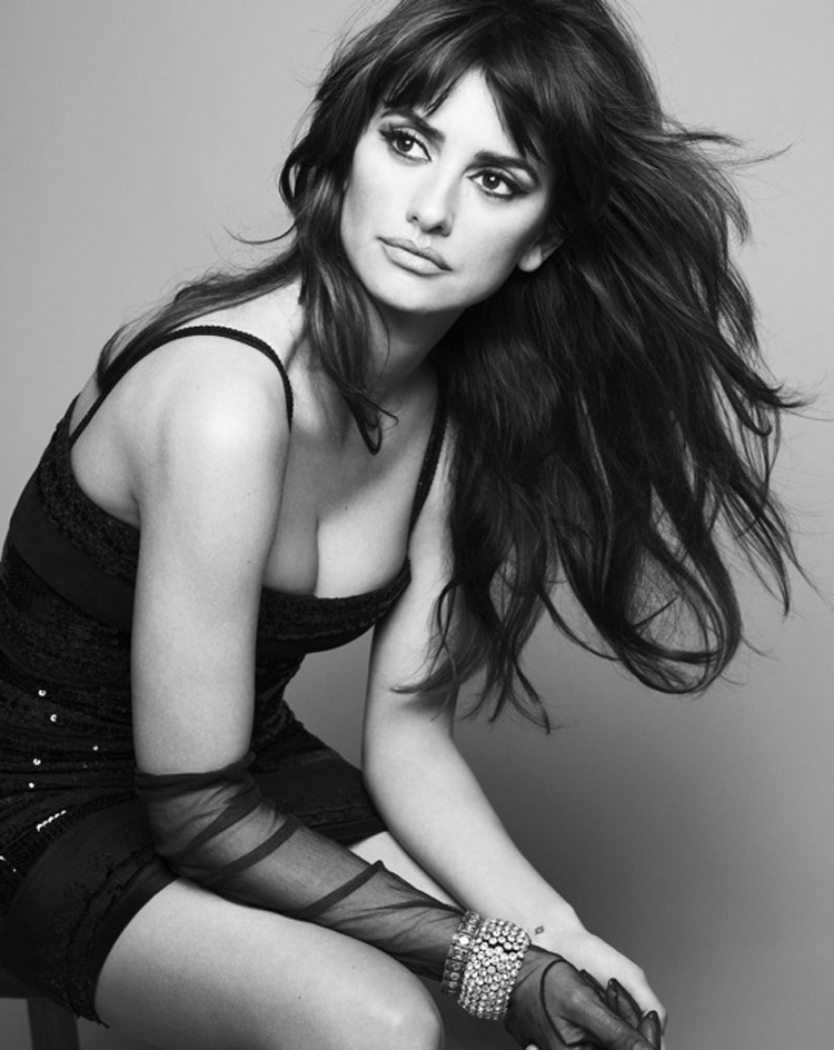 Fashionable Celebrity Hairstyle Penelope Cruz 26