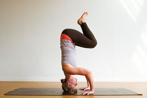 Scorpion Pose A Beginners Guide Walking On Sunshine