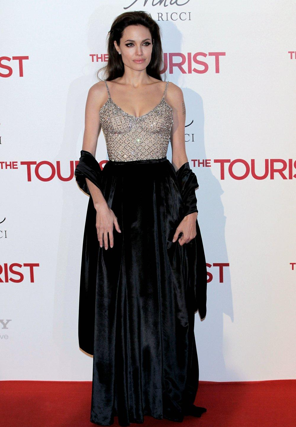 Angelina jolie red carpet dresses - photo#10