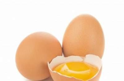 mengatasi rambut kering dan kasar dengan kuning telur