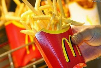 Τι περιέχουν τελικά οι ΠΑΤΑΤΕΣ των McDonald's; [video]