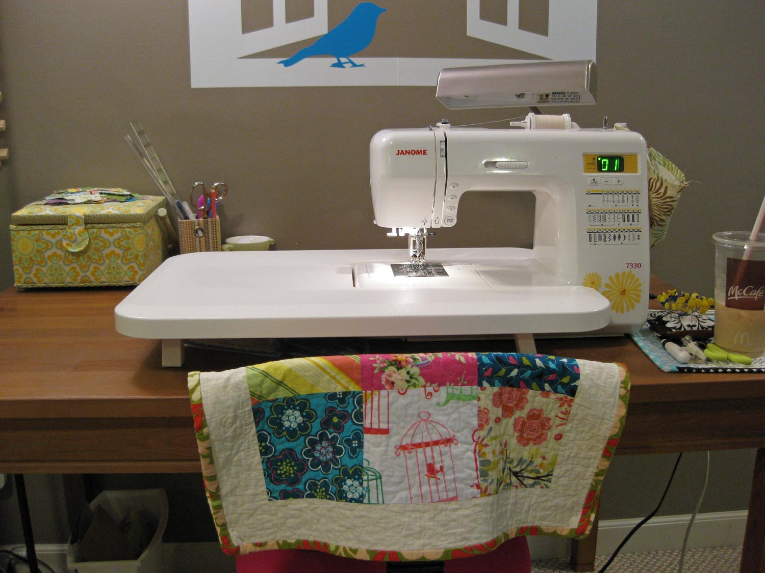 Sewing Machine Table Design : Gen X Quilters - Quilt Inspiration  Quilting Tutorials & Patterns ...