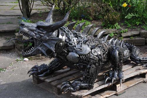 Large-Fantasy-Sculpture-Dragon-Giganten-Aus-Stahl
