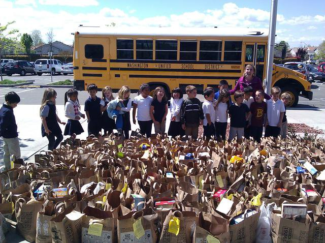 Bridgeway Island Elementary School students donate more than 3,000 canned food items