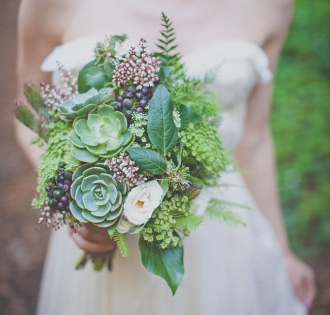 http://greenweddingshoes.com/charming-big-sur-elopement-katherine-brent/