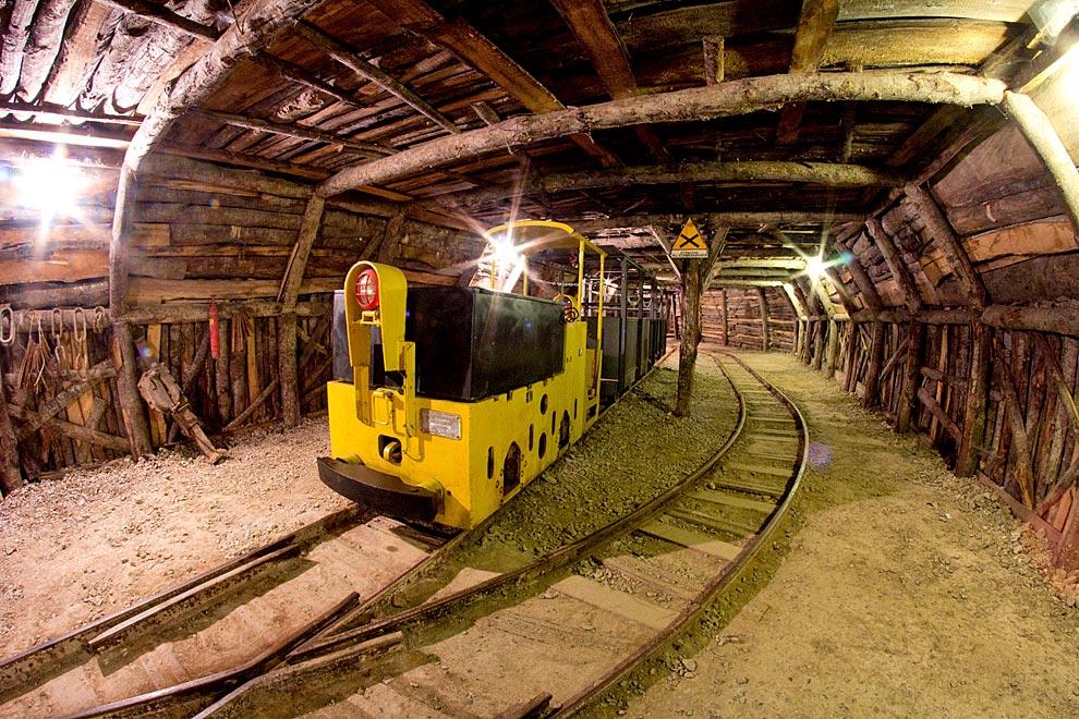 Visita alla Miniera di Abbadia San Salvatore ~ Risparmia e ...